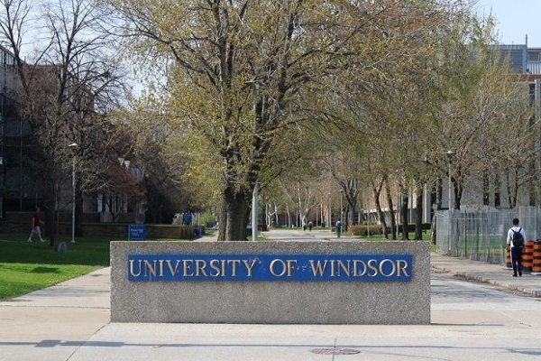 University students of Windsor to Support